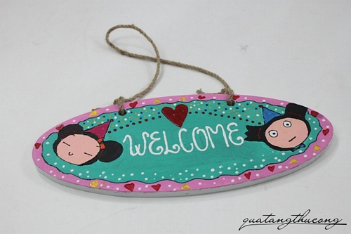 Bảng gỗ welcome pucca