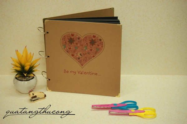 Album scrapbook vintage bìa Be my valentine...